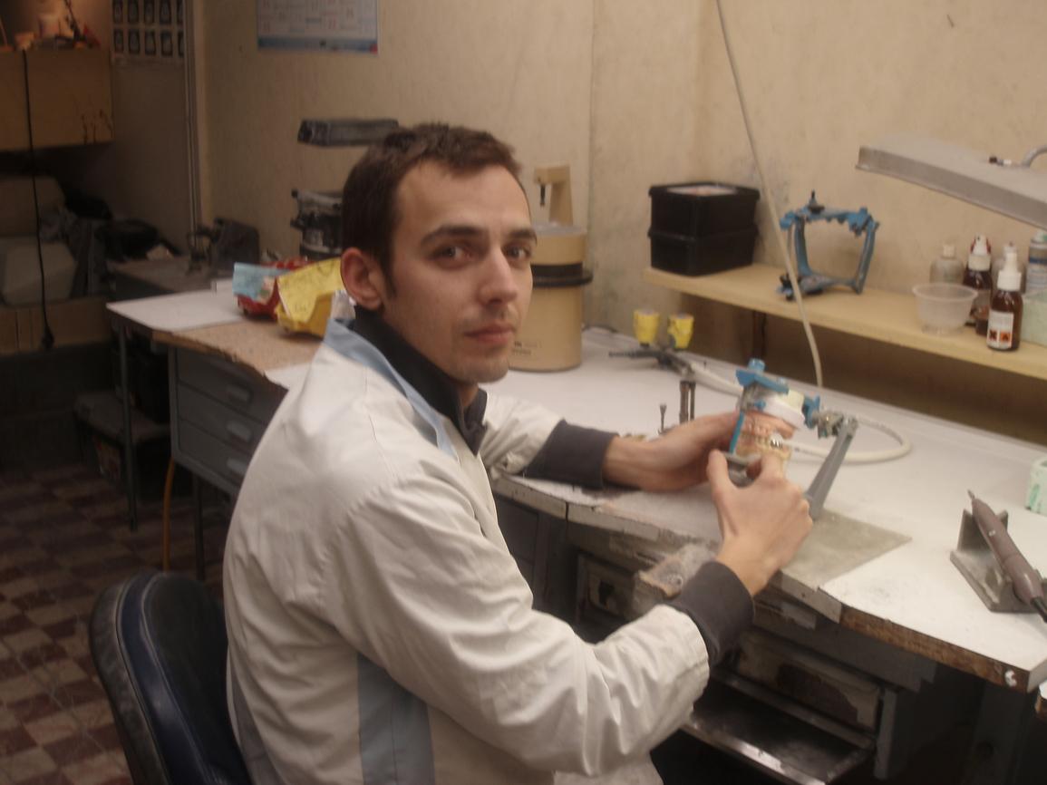 prothesistes dentaires Toutes les photos de laboratoire despioch situé à cabestany cedex laboratoire despioch photos.
